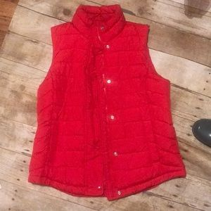 Beautiful GAP RED VEST PUFFY M